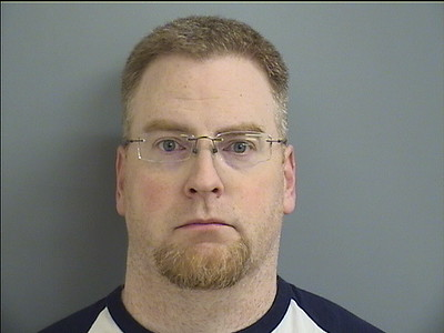plainville-man-accused-of-electronic-stalking