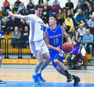 southington-boys-basketball-eliminated-from-state-tournament-after-loss-to-glastonbury