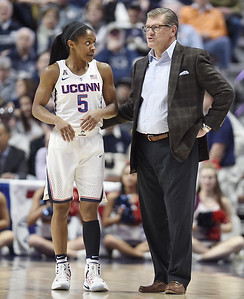 after-watching-uconn-womens-basketball-get-eliminated-last-season-dangerfield-looking-to-bring-back-another-championship