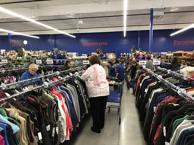 plainville-goodwill-draws-a-crowd-on-opening-day