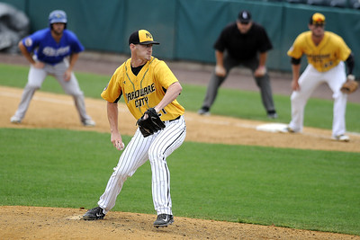 new-britain-bees-cant-generate-enough-offense-in-loss-to-sugar-land-skeeters
