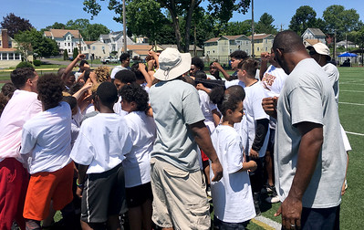 tebucky-jones-gives-back-to-new-britain-community-with-fifth-annual-youth-football-camp