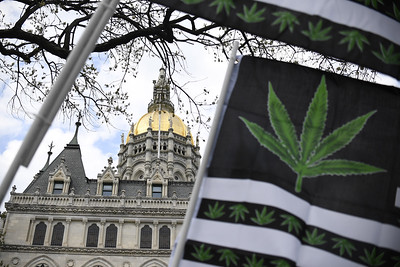highlights-of-connecticuts-cannabis-legalization-bill
