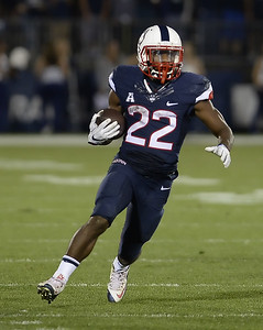 uconn-football-expecting-big-things-out-of-younger-players