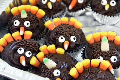 its-a-little-depressing-thanksgiving-in-a-pandemic-will-look-a-lot-different-than-years-past