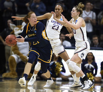 uconn-womens-basketball-increasing-focus-heading-into-sweet-16-matchup-against-duke