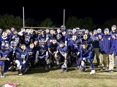 newington-football-beats-wethersfield-for-second-consecutive-year-to-keep-rivalry-trophy