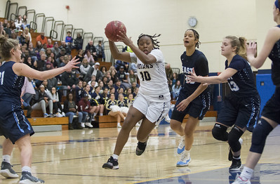 fraziers-focus-remains-on-team-goals-after-notching-1000th-point-of-newington-girls-basketball-career
