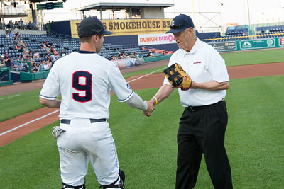 former-uconn-baseball-coach-ccsu-alum-andy-baylock-honored-by-neiba-hall-of-fame