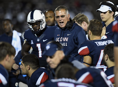 uconn-football-predicted-to-finish-fifth-in-east-division-of-aac