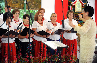 dozynki-a-happy-celebration-of-the-harvest-and-polish-traditions