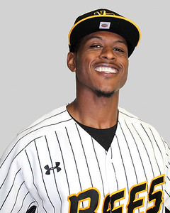 new-britain-bees-outfielder-jordan-hinshaw-settling-in-nicely-with-new-team