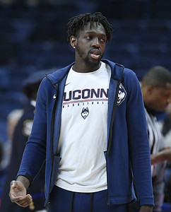 knee-issues-force-uconn-mens-basketball-forward-diarra-to-end-career