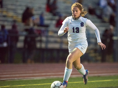 sports-roundup-secondhalf-goal-helps-southington-girls-soccer-beat-farmington