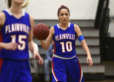 plainville-senior-lozefski-doesnt-let-injury-stop-her-from-having-great-season