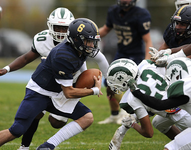 newington-football-improves-to-52-with-417-victory-at-eo-smith