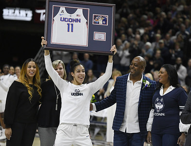 nurse-williams-honored-by-uconn-womens-basketball-on-senior-night
