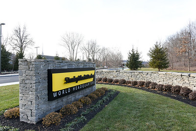 stanley-strikes-deal-with-lowes-to-carry-craftsman-brand