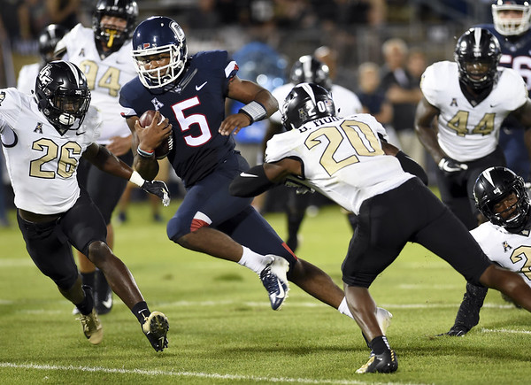 New Britain Herald Uconn Football Opens Season With Lopsided Loss
