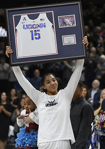 uconn-womens-basketball-gets-welldeserved-time-off-before-aac-tournament