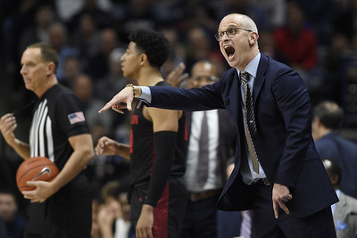 uconn-mens-basketball-took-big-step-forward-in-year-2-under-hurley