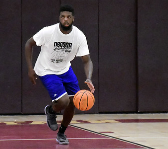 former-new-britain-boys-basketball-star-darius-watson-continues-to-be-standout-at-osgood-shootout