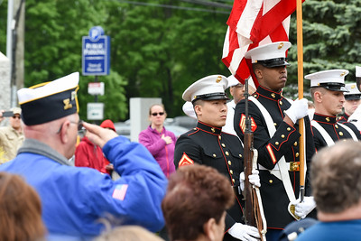 plainville-to-lay-wreaths-at-each-town-cemetery-to-honor-veterans-on-memorial-day