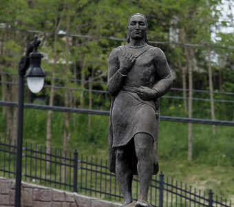 discussion-about-new-britains-columbus-statue-continues
