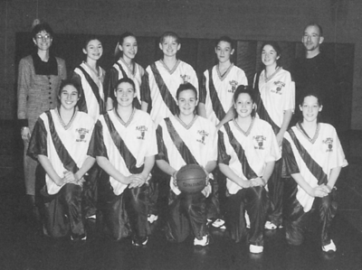 two-basketball-teams-inducted-into-plainville-sports-hall-of-fame