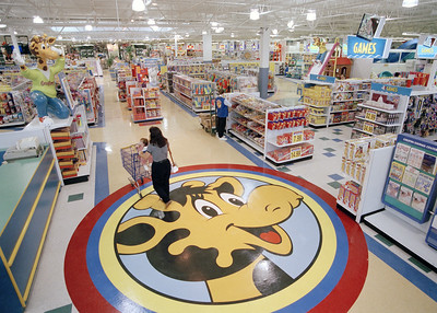 without-toys-r-us-30000-jobs-a-black-hole-for-toy-makers