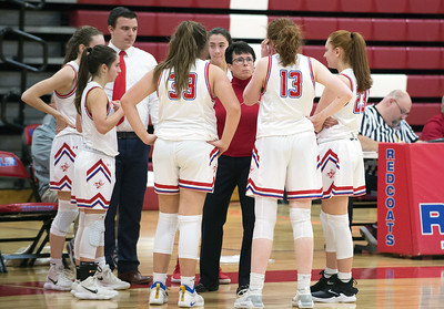 sports-roundup-litwinkos-doubledouble-leads-berlin-girls-basketball-to-sixth-straight-win