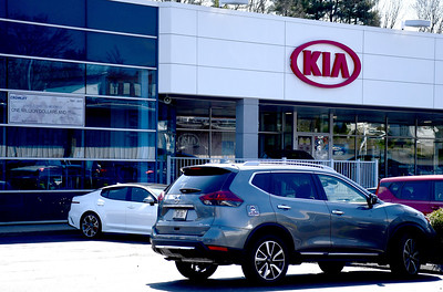 it-effectively-stopped-business-area-auto-dealerships-struggling-as-people-arent-buying-cars-during-pandemic