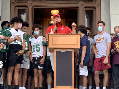 let-us-play-high-school-football-players-coaches-rally-at-capitol-to-demand-their-seasons-back