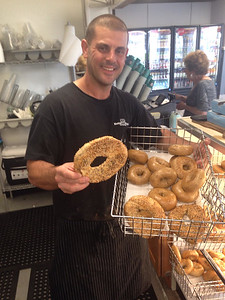 kettle-bagels-brings-new-york-style-to-southington