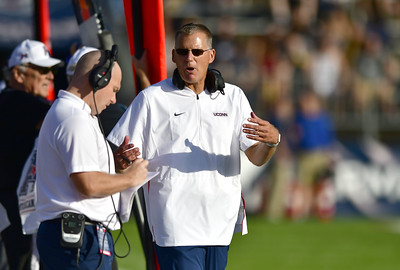 edsall-being-secretive-about-uconn-footballs-lineup-injury-reports-heading-into-season-opener