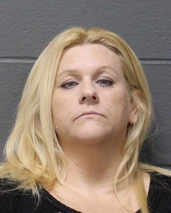 southington-woman-facing-risk-of-injury-charge-denied-program