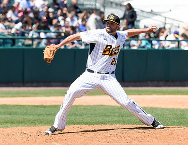 new-britain-bees-sweep-bluefish-in-homeaway-doubleheader