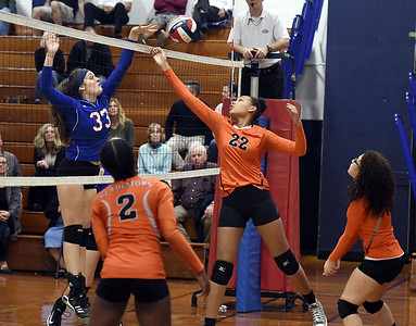 goodwin-tech-girls-volleyball-struggles-with-service-swept-by-st-paul