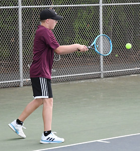 newington-boys-tennis-sweeps-new-britain-for-fifthstraight-win