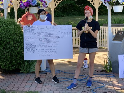 protesters-in-plainville-spread-message-of-persistence-relentlessness
