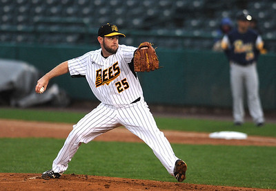 as-coleman-looks-to-get-back-to-affiliated-ball-he-must-transition-from-reliever-to-starter-with-new-britain-bees