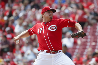southington-native-sal-romano-loses-mlb-debut-lasts-just-three-innings-for-reds