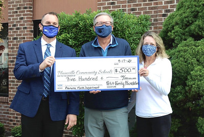 plainville-high-schools-math-department-gets-grant-from-petit-family-foundation