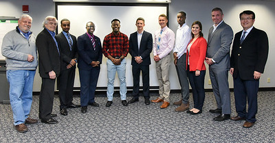 budding-entrepreneurs-jump-into-ccsu-shark-tank