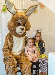 new-britains-breakfast-with-the-easter-bunny-event-hops-on-closer