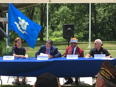 connecticut-extends-full-burial-rights-to-laotian-and-hmong-veterans-who-served-alongside-us-troops-during-the-vietnam-war