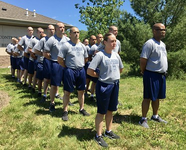 area-police-departments-participate-in-law-enforcement-torch-run-of-connecticut