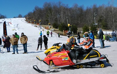 snocross-kicks-up-the-power-and-the-powder-in-southington