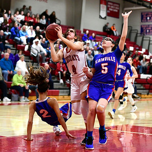 berlin-girls-basketball-holds-off-plainville-to-advance-to-second-round-of-class-m-state-tournament