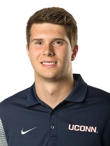 bisack-looking-good-in-fight-for-uconn-football-backup-quarterback-job